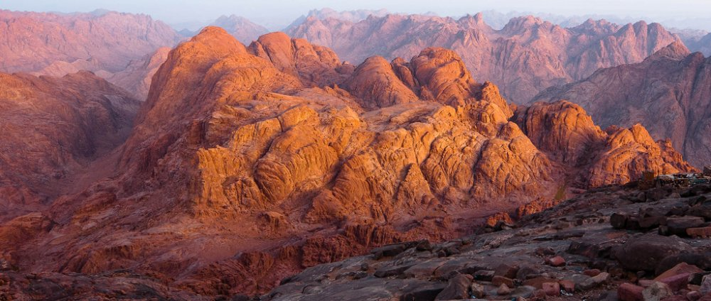 حقيقة جبل الطور وأين يقع سائح