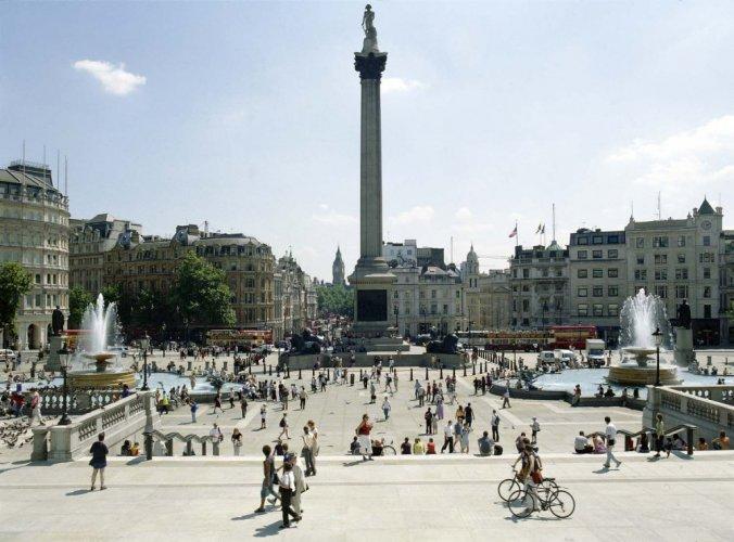ميدان ترافلجار في لندن