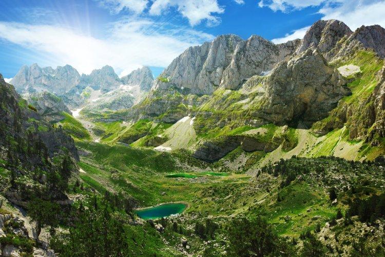 سحر الطبيعة في جبال الألب