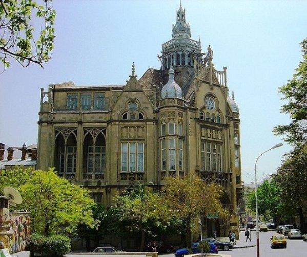 قصر مختاروڤ في مدينة باكو أذربيجان