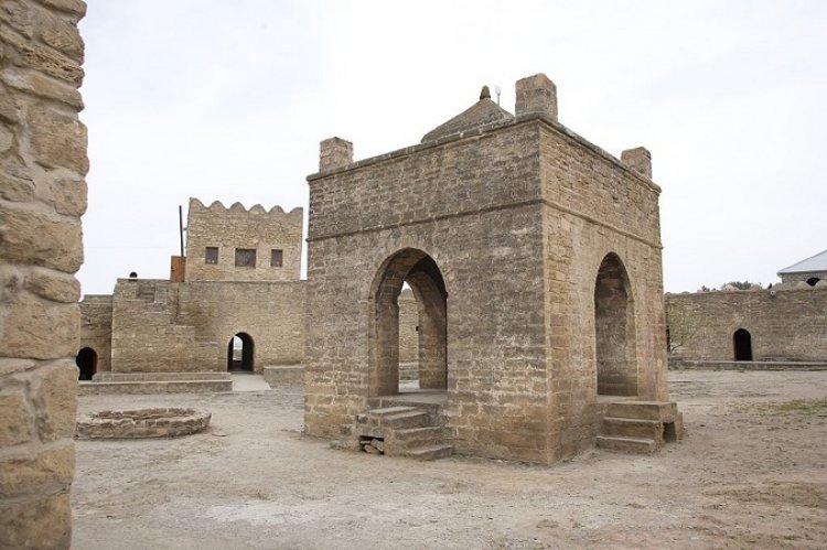 معبد النار الباكوي في مدينة باكو أذربيجان