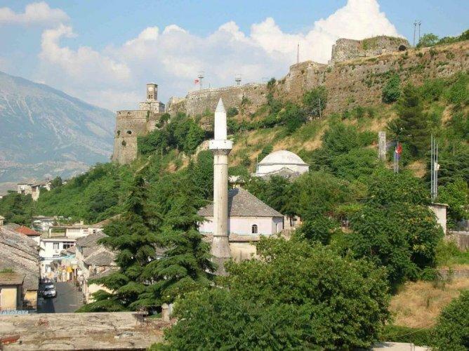 مدينة جيروكاسترافي ألبانيا