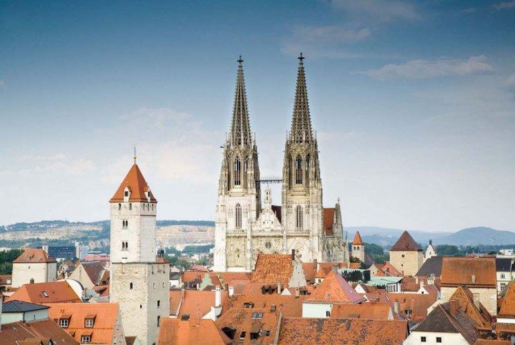 مباني مدينة ريغنسبورغ بألمانيا