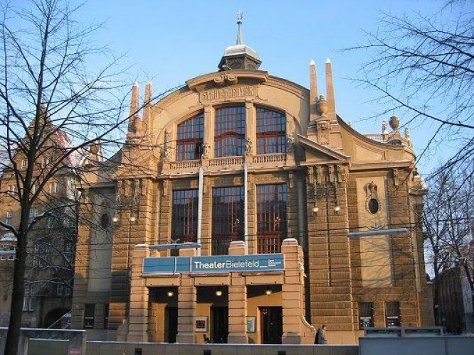 مسرح المدينة من أهم مزارات بيلفيلد
