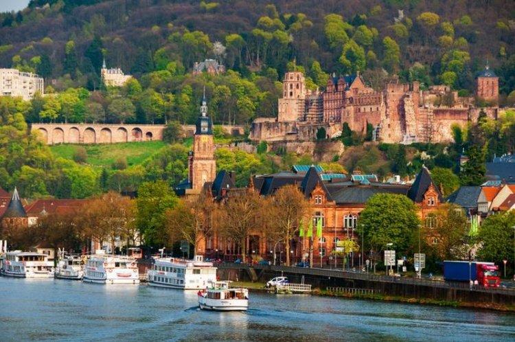 هايدلبرغ مدينة الرومانسية في المانيا