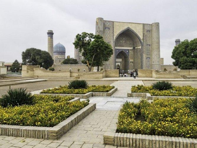 مسجد بيبي خانوم في سمرقند - أوزبكستان
