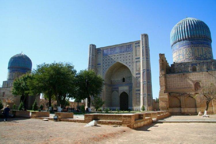 مسجد بيبي خانوم في سمرقند