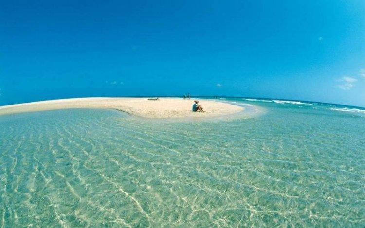 جزيرة الهيرو في إسبانيا