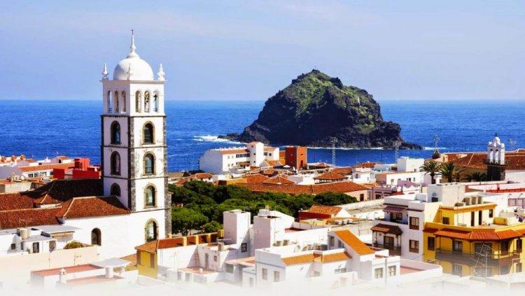جزيرة تنريفي واحدة من المنتجعات السياحية الأكثر شعبية في أوروبا