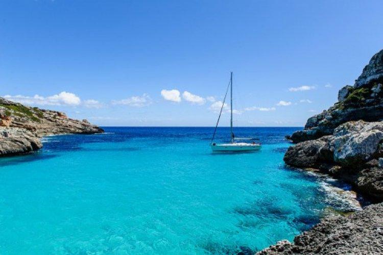 رحلات القوارب البحرية في جزر الكناري