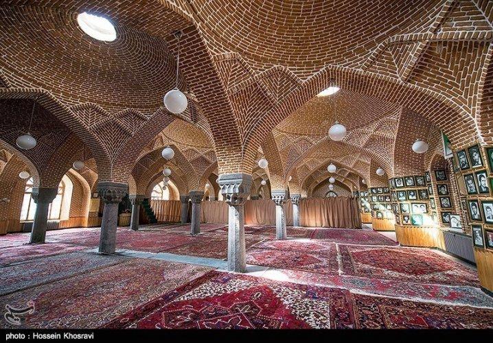 بازار تبريز، أحد المساجد فى بازار تبريز وعمارتها الفريدة
