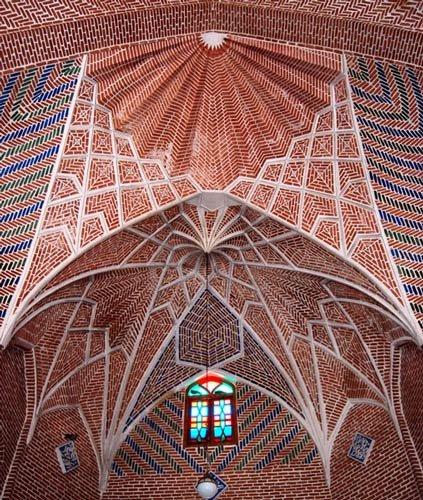 بازار تبريز، العمارة الإيرانية الفريدة