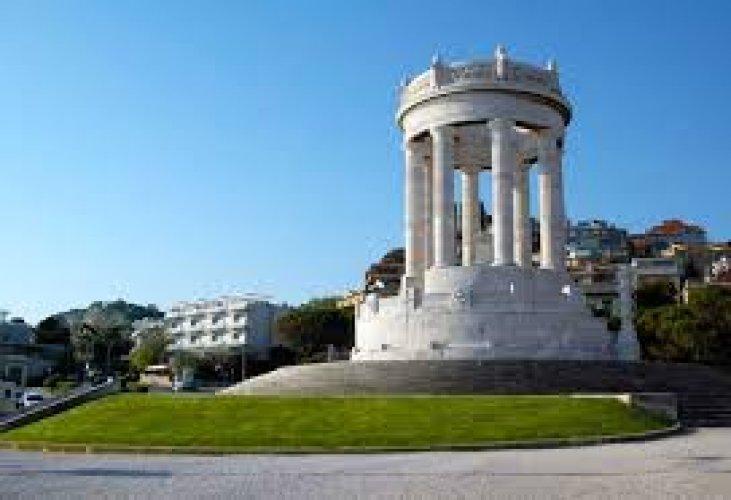 باسيتو والنصب التذكار للحرب
