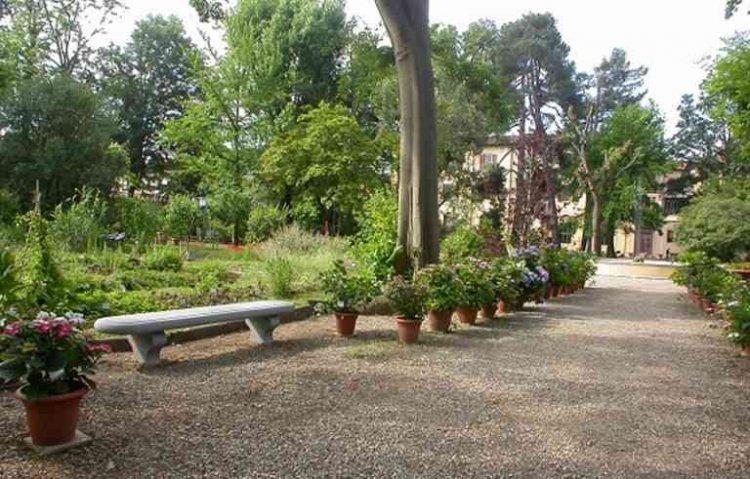 حديقة مادوني في جزيرة صقلية الإيطالية