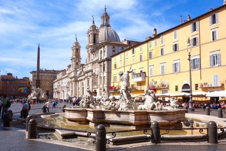 ساحة نوفانا في روما