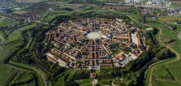 مدينة أوديني في إيطاليا