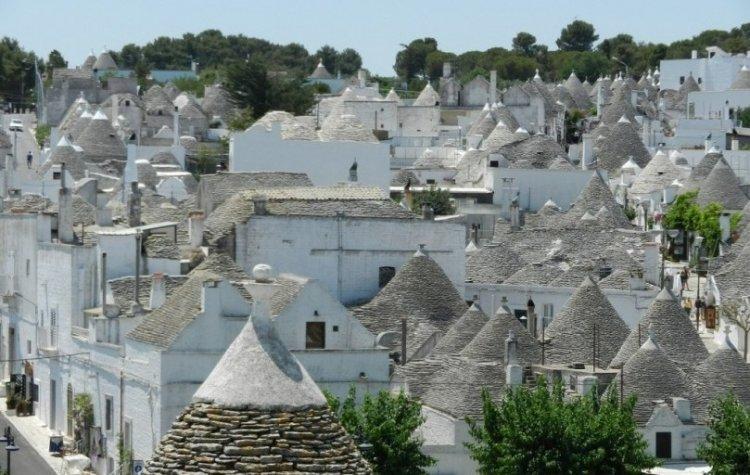 قرية ألبيروبيلو