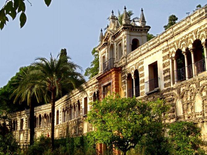 قصر المورق من أحد الجوانب