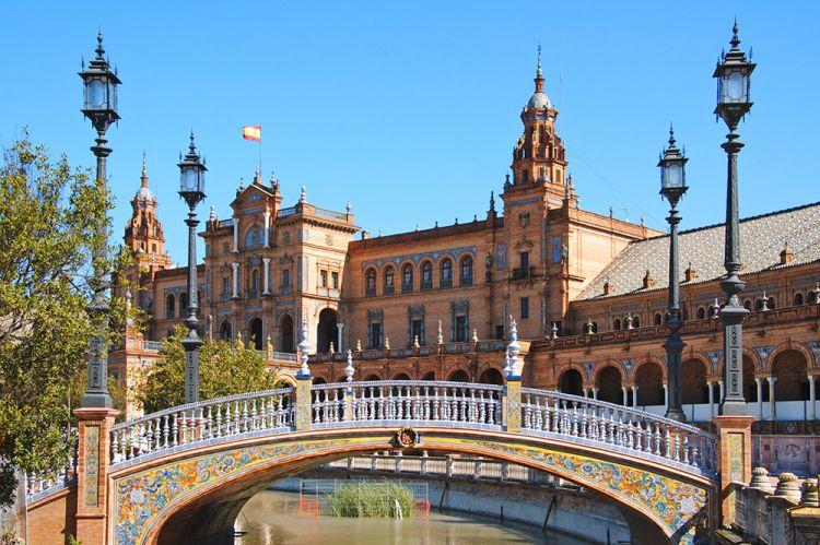 ساحة اسبانيا في مدريد