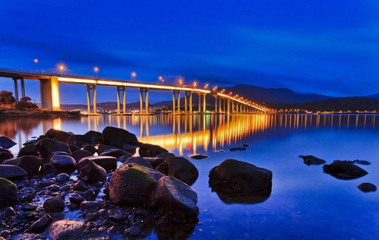 جسر تاسمان في هوبارت