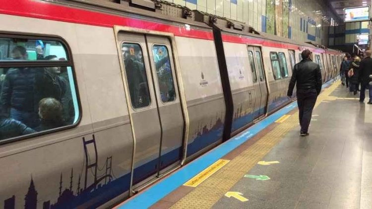 قطار الأنفاق في اسطنبول