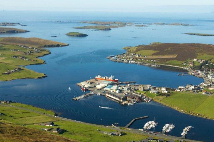 جزر شتلاند في اسكتلندا