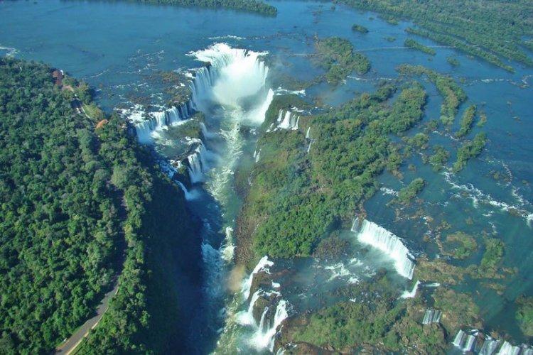 منتزه إجوازو الوطني في الأرجنتين