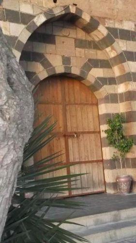 بوابة متحف دار السرايا في محافظة إربد