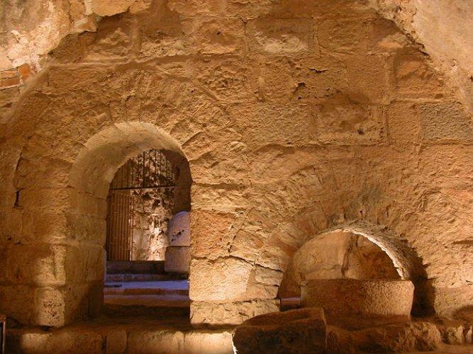 داخل قلعة عجلون