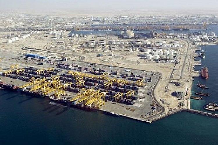 المنطقة الحرة في الإمارات