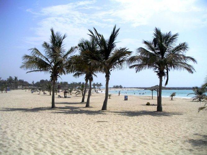 شاطئ الممزر في دبي