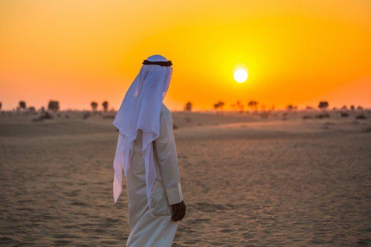 الملابس في الإمارات