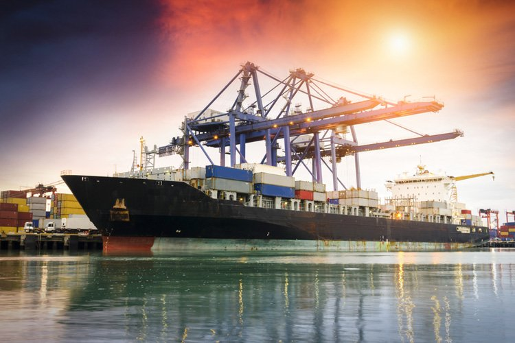 النقل البحري والموانئ في الإمارات العربية المتحدة