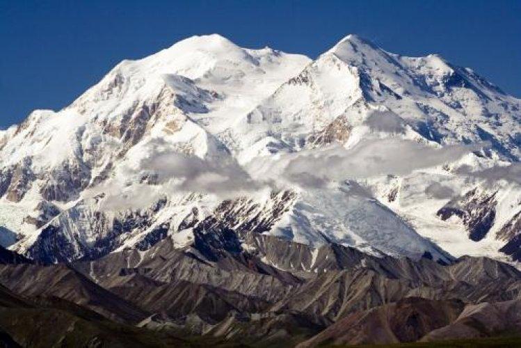 جبل دينالي ثالث اعلى القمم السبع في العالم