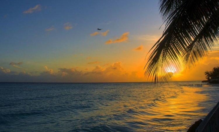 سحر الغروب في باربادوس