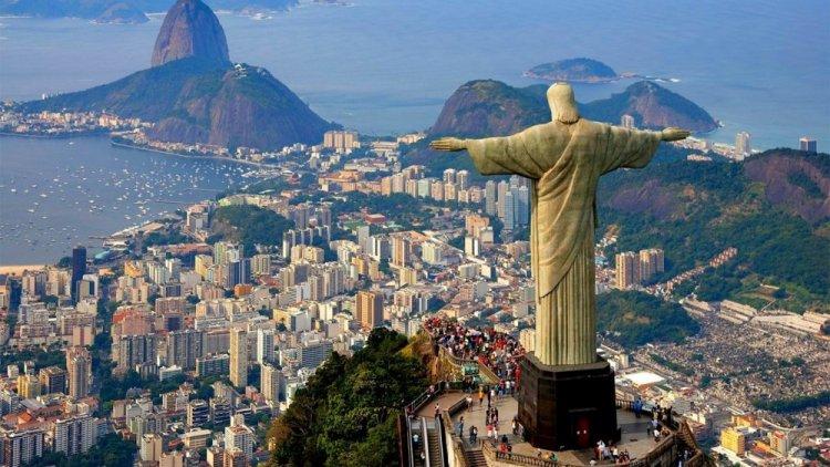 تمثال المسيح الفادي في ريو دي جانيرو