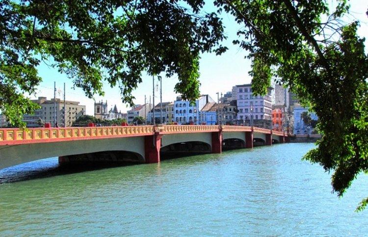 جسر بونتى موريسيو دي ناسو