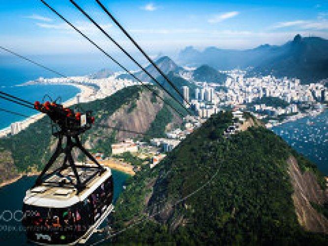 جبل بائو دي أكوكار في البرازيل