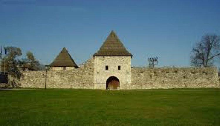 قلعة كاستل