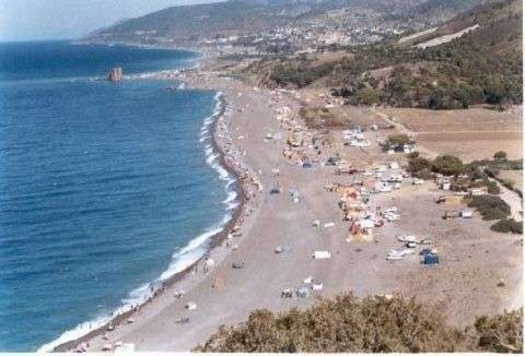 شاطئ الشنوة في تيبازة بالجزائر