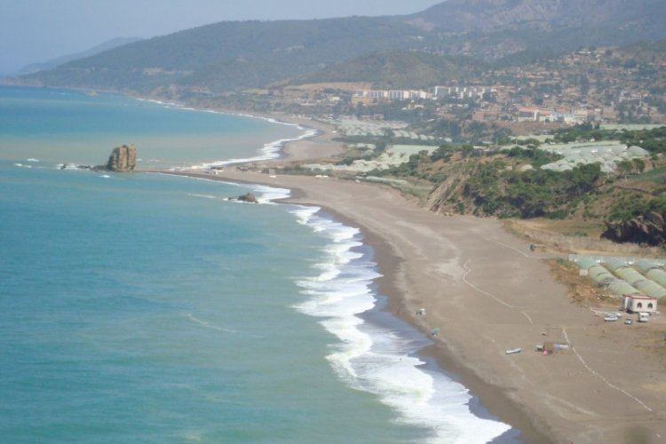 شاطئ الشنوة في تيبازة