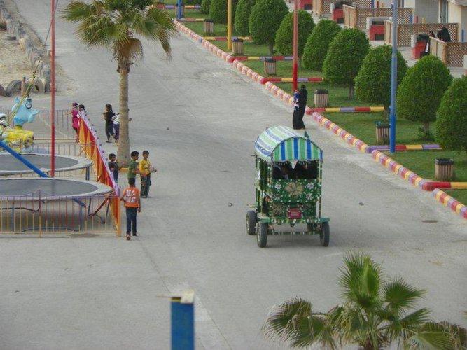 قرية العزيزية الترفيهية في الخبر