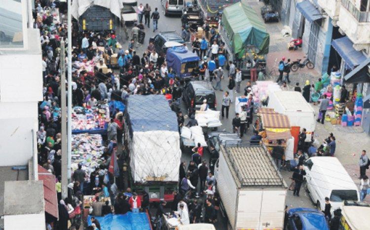 سوق درب عمر فى مدينة الدار البيضاء.