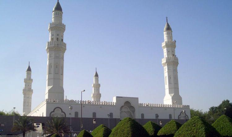 مسجد قباء في المدينة المنورة