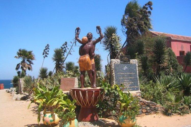 تمثال الحرية في جزية غوري