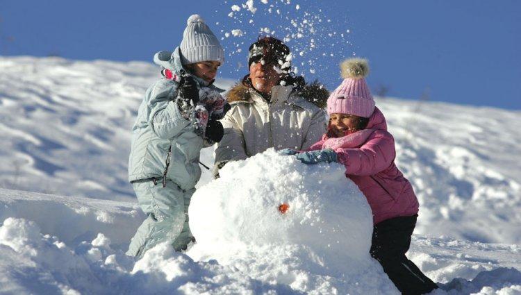 اللعب بالثلوج في لابلاند