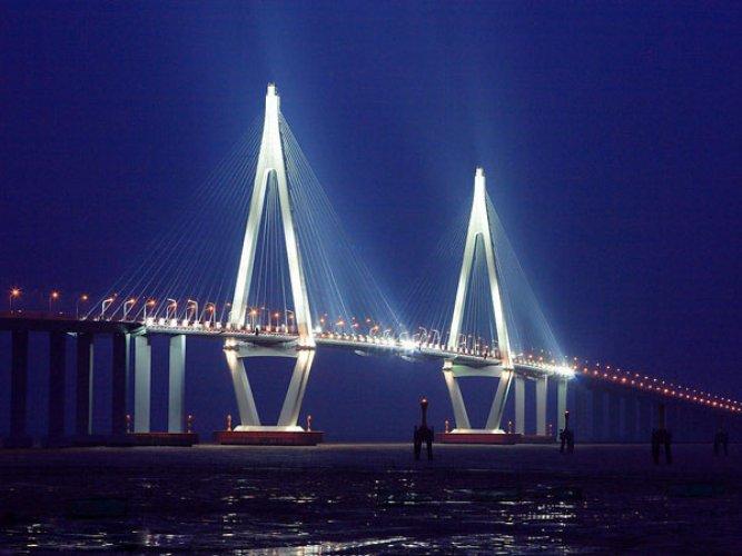 جسر هانغزو في الصين .. أطول الجسور العابرة للمحيطات في العالم