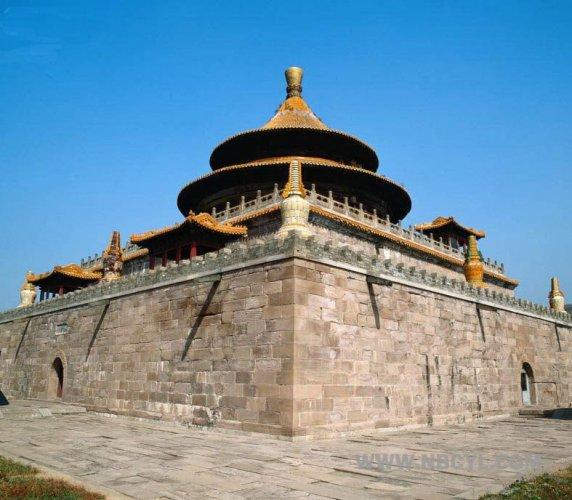 جمال معبد بولي في مدينة تشنغدو