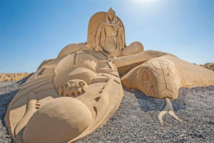متحف الرمال تحفة عالمية يجسد كافة الحضارات