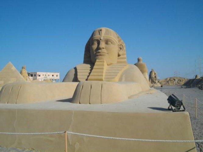تمثال أبو الهول في متحف الرمال